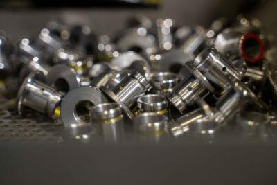 Foto di lavaggio minuterie e componenti meccaniche