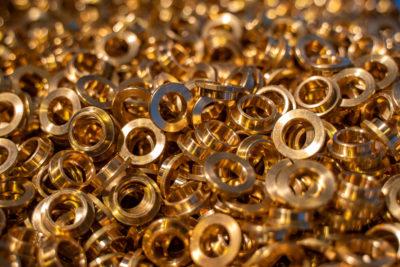Foto di lavorazioni meccaniche di alluminio, bronzo e ottone a Treviso